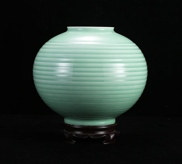 梅子青圓罐